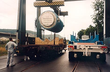 Spezial-Behälter-Transporte
