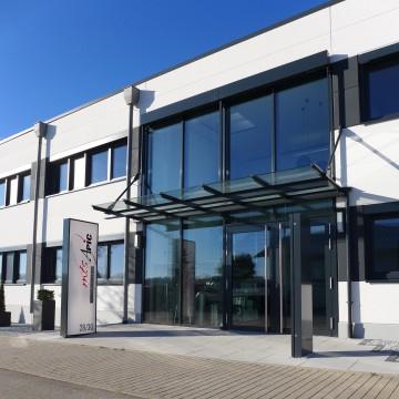 Eingang der Firma