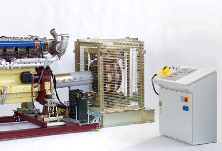 LKW-Motor an MPL 500 M mit luftgekühlter Wirbelstrombremse