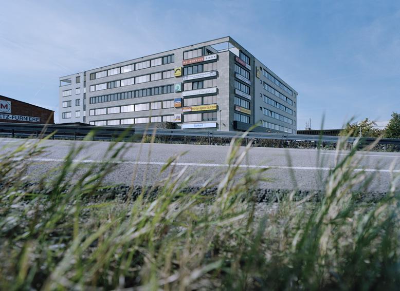 6 Vertriebs-Center Stuttgart