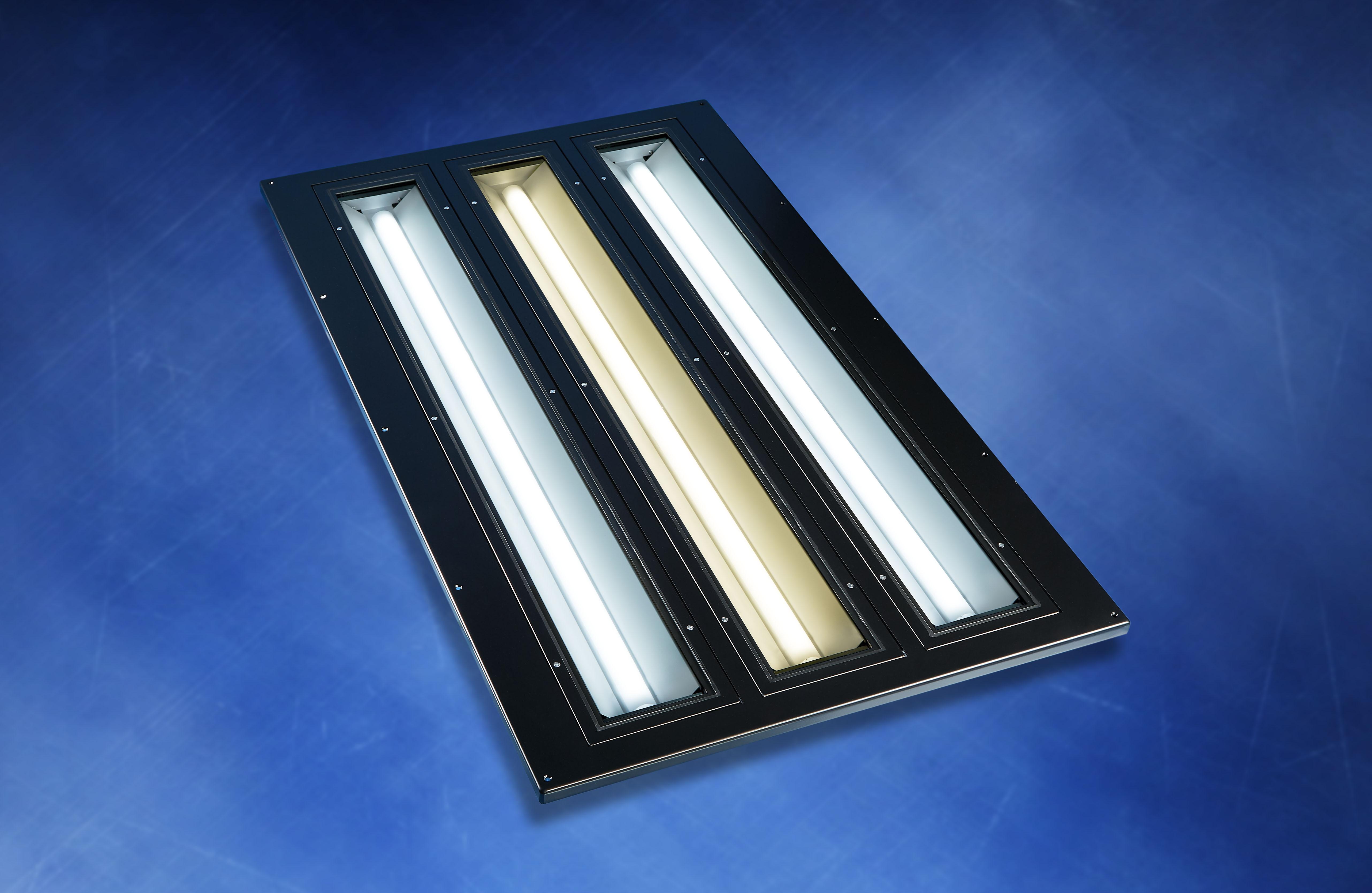 LED-Bodenleuchte 3-flammig